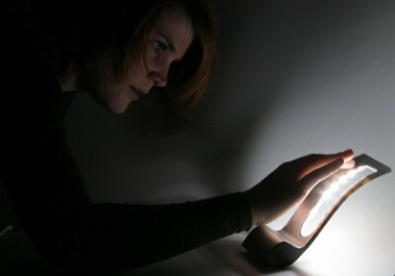 B&O Bang Olufsen Touchless remote télécommande sans contact