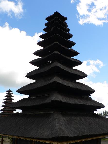 Détail d'un toit du temple Agung