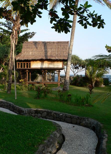 Cabane de massage avec vue sur mer…