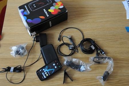 Test Nokia 5800 Xpress Music une foule d'accessoires fournis Express