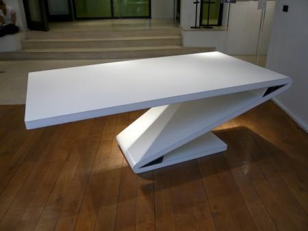 table vincent Poujardieu pour Euroshelter