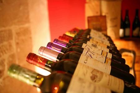Cave Elzévir dégustation vin verres Guy Degrenne