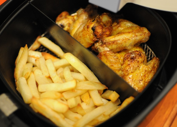 Test friteuse design sans huile philips airfryer avis diisign - Cuiseur frites sans huile ...