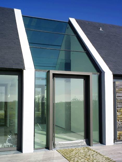 Maison belle iloise par opus 5 diisign for Belle architecture moderne