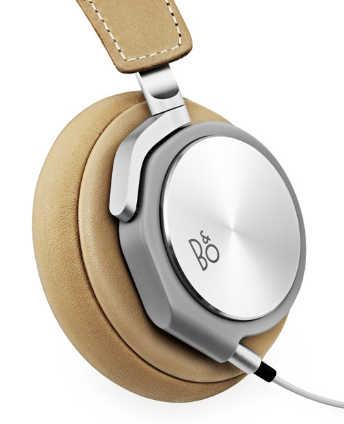 beoplay h3 et h6 bang olufsen d couvre que le casque nomade hors de prix est un march de. Black Bedroom Furniture Sets. Home Design Ideas