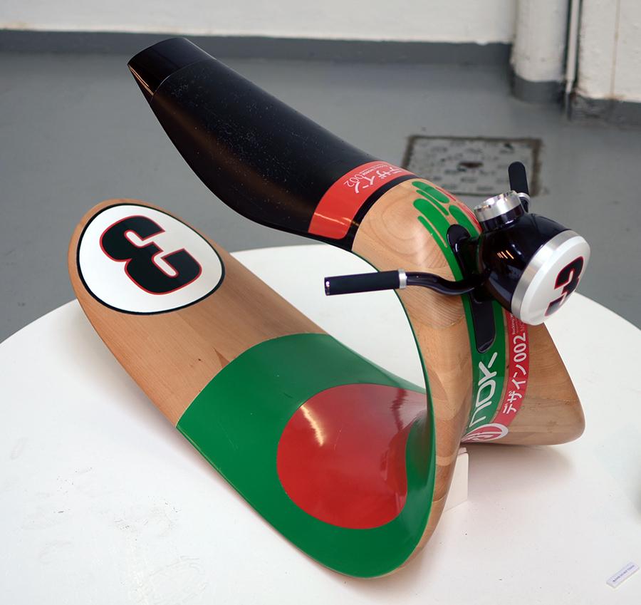 Moto à bascule design bois