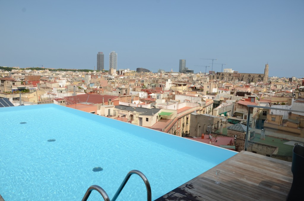 Grand hotel central Barcelone Piscine skybar