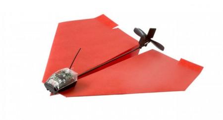 Les objets connectés n'ont plus de limite : le ballon de basket et… L'avion en papier y passent