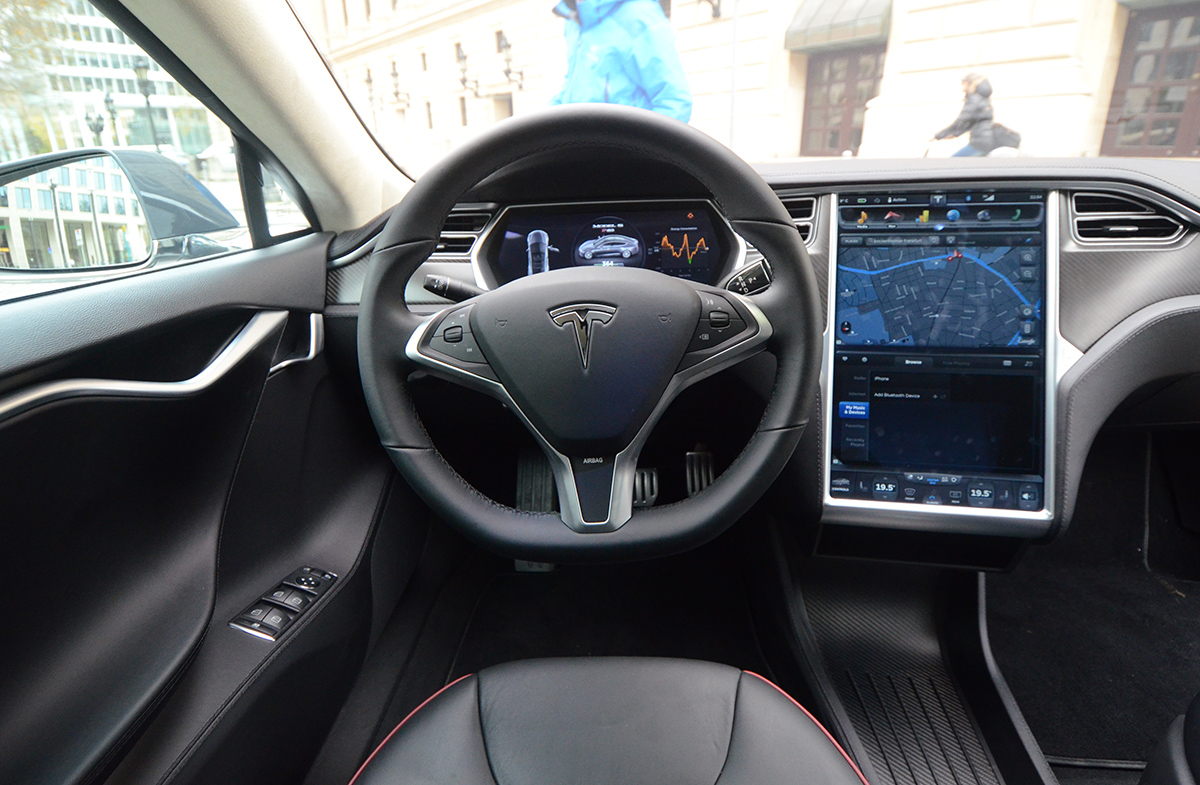 Test tesla model s game changer diisign for Interieur tesla model s