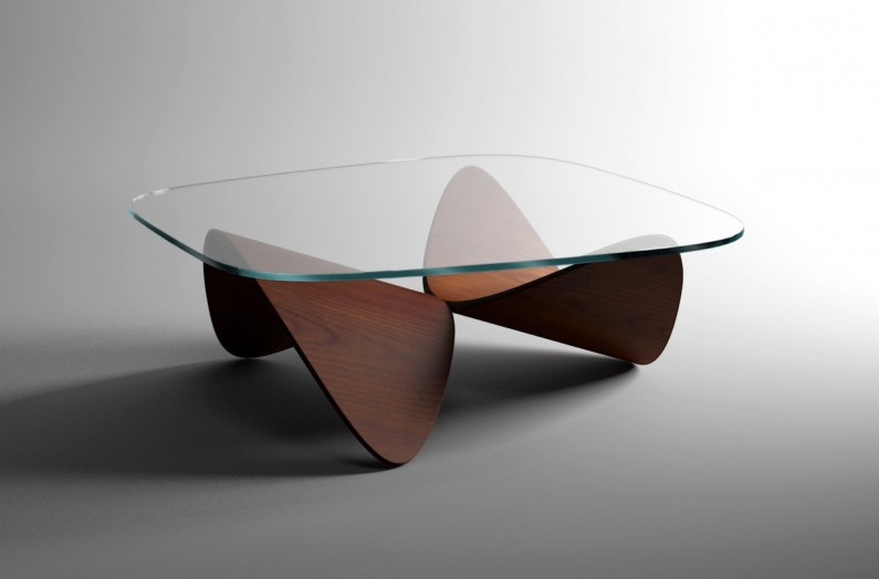 Sandro Lopez signe une table basse qui pourrait devenir un classique