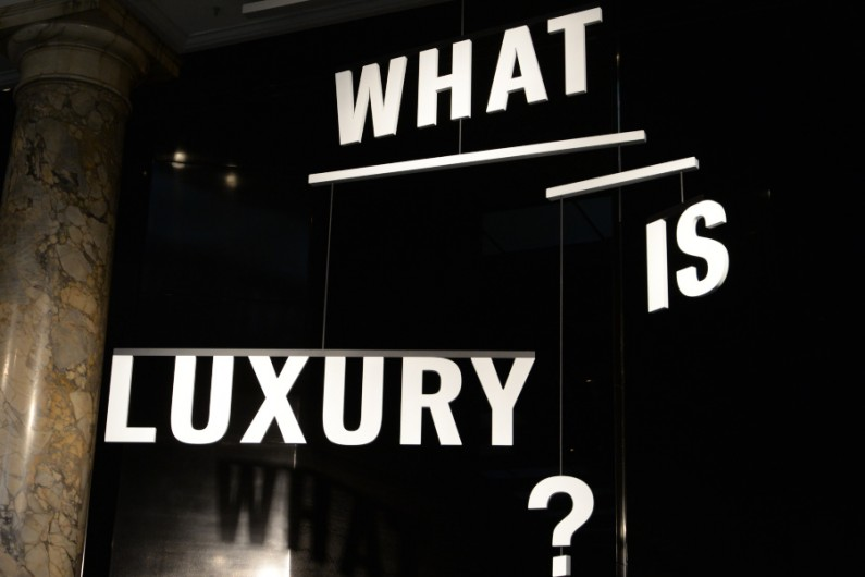 What is luxury exposition v&A