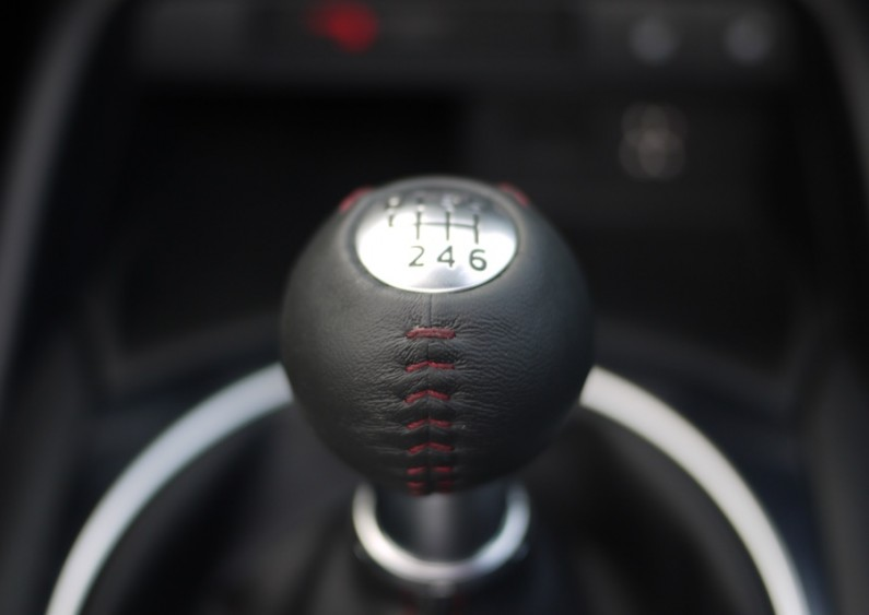 Mazda-MX5-2015-08