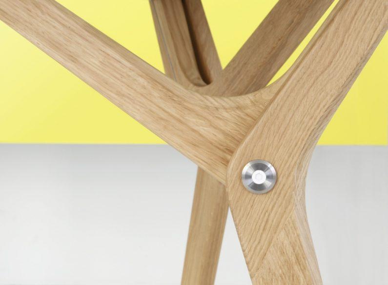 Archimède par Boulon Blanc : la table transformable oublie le piétement en croix