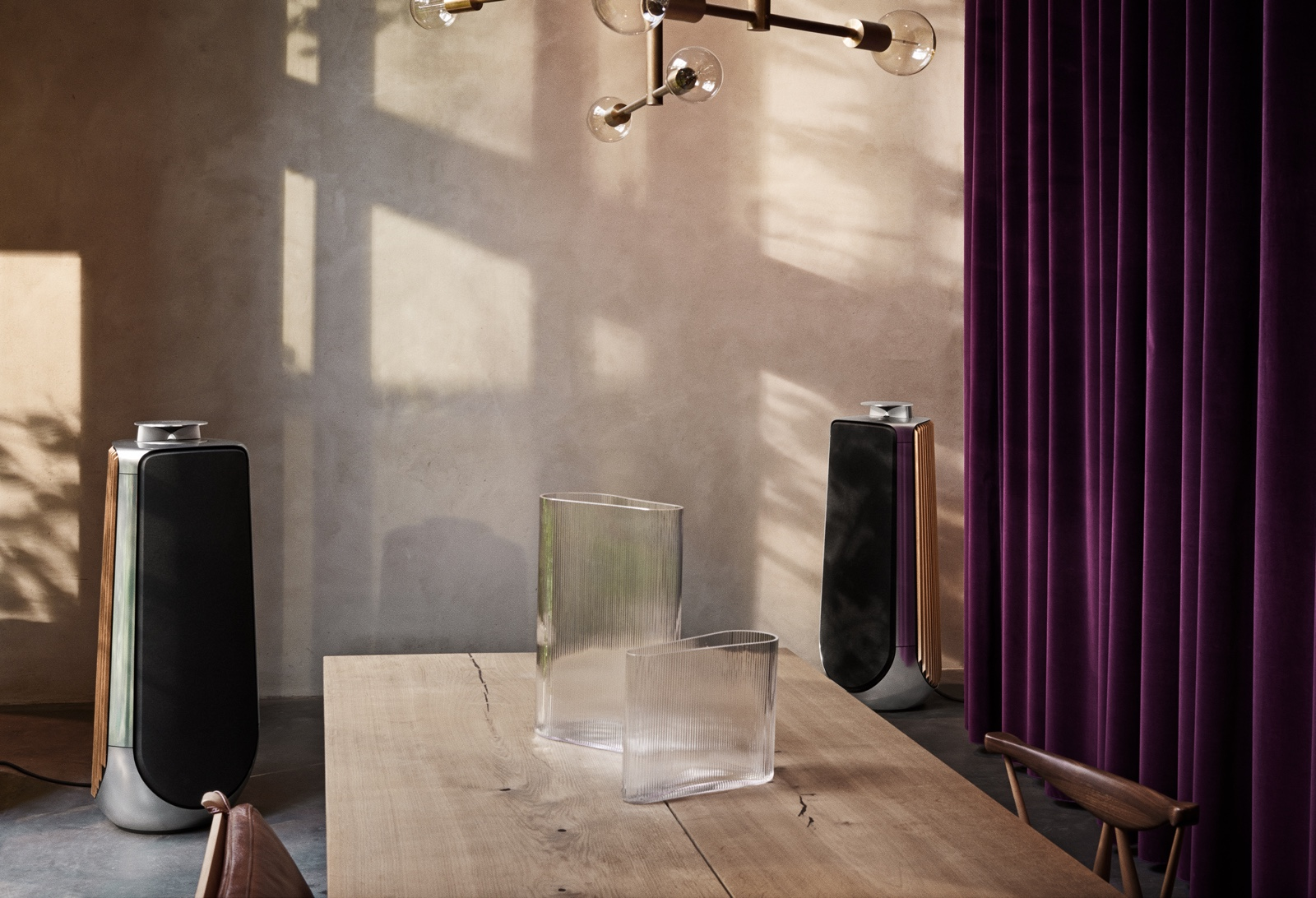 beolab 50 tout le savoir faire bang olufsen dans une enceinte de salon diisign. Black Bedroom Furniture Sets. Home Design Ideas