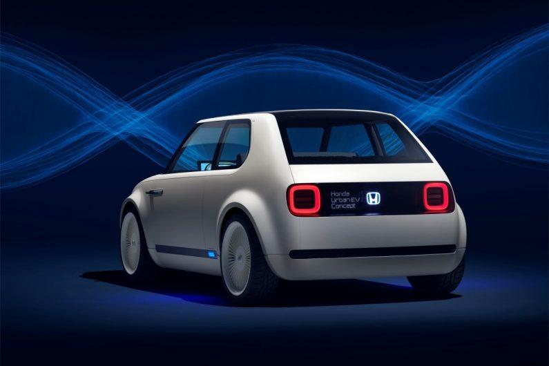 Voiture électrique : l'offensive néo rétro de Honda