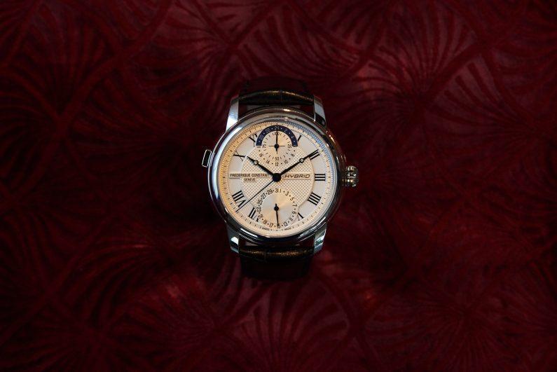 [test] Frédérique Constant Hybride Manufacture, l'avènement d'une nouvelle race de montres