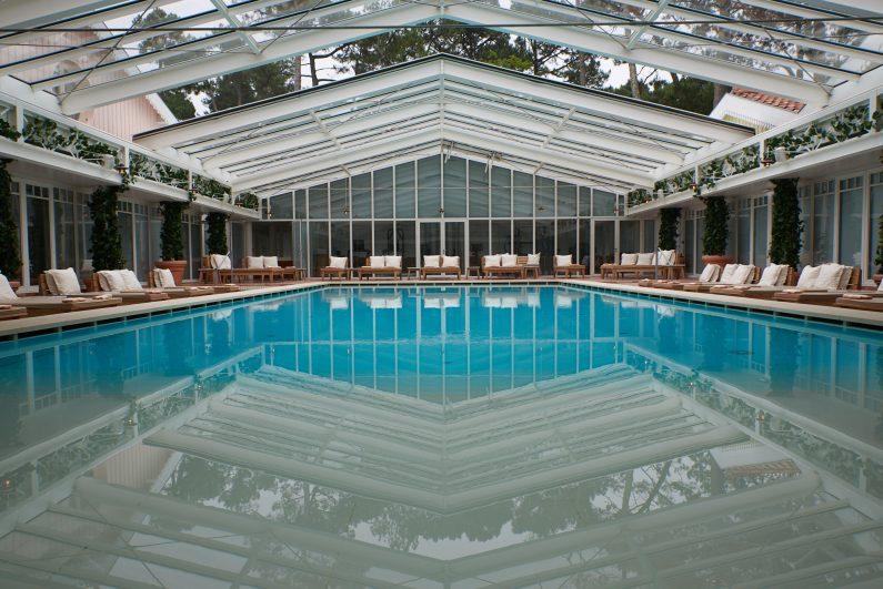 Hotel Haaitza Haitza arcachon philippe starck piscine intérieure