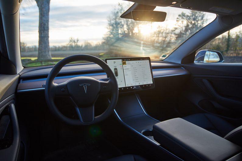 Tesla Model 3 test review essai